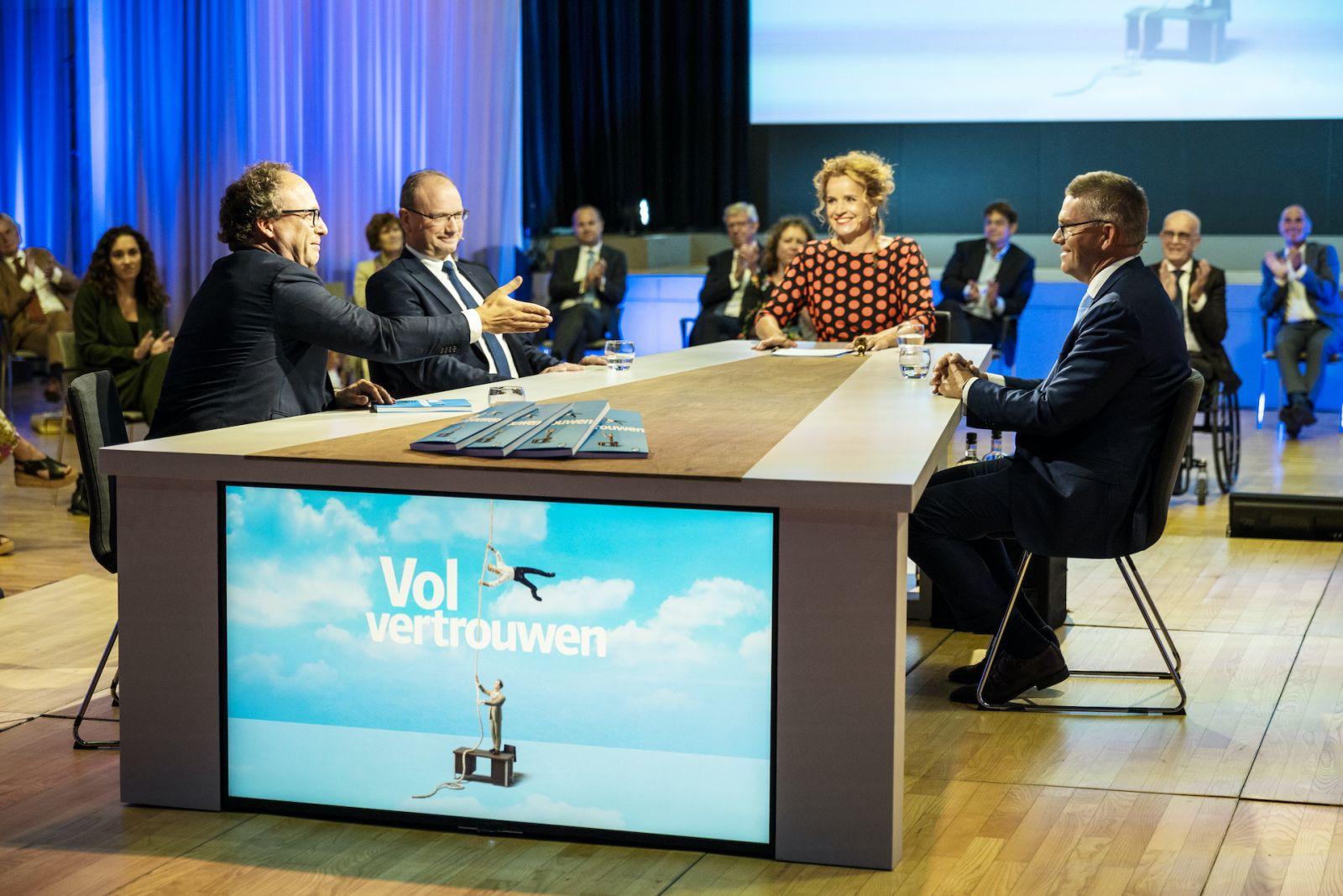 Minister Koolmees, Ton Heerts, Fred Paling -Talkshow UWV