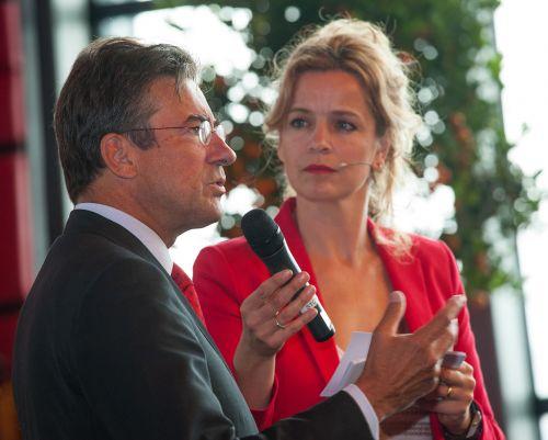 Laheij in gesprek met Maxime Verhagen tijdens congres Fresh Corridor